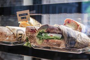 Kahvila Tampere - Bakery Cafe - täytetyt voileivät ja wrapit