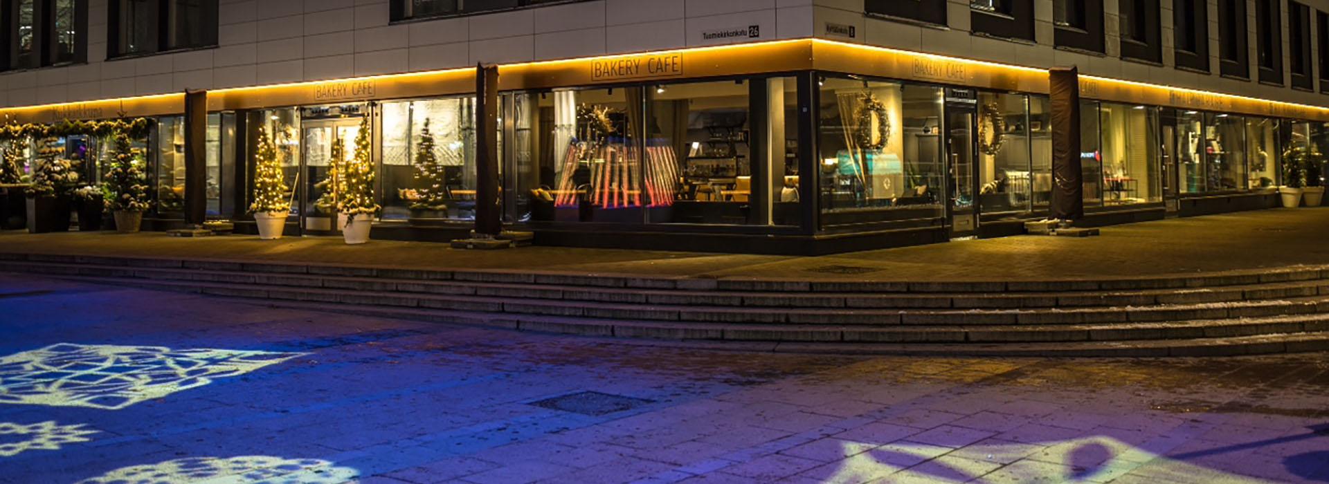 Bakery Cafe Tampereen keskustassa Tuomiokirkonkadulla